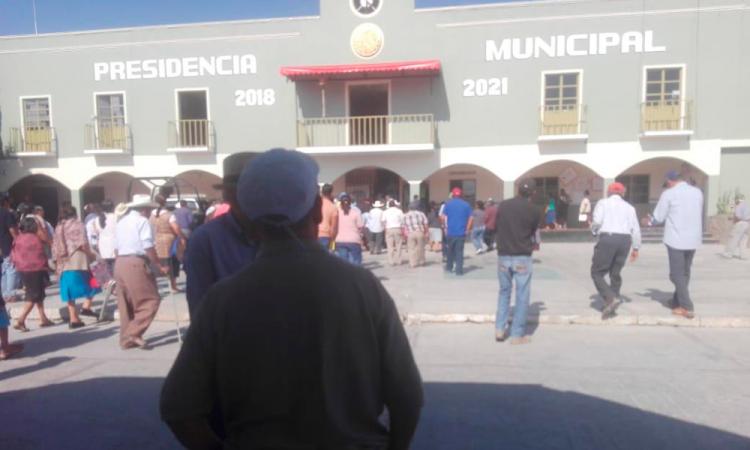 Acusan invasión de terrenos en San Gabriel Chilac