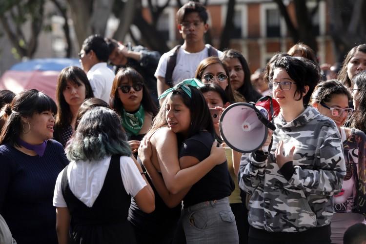 Ayuntamientos se suman a paro #UnDíaSinNosotras