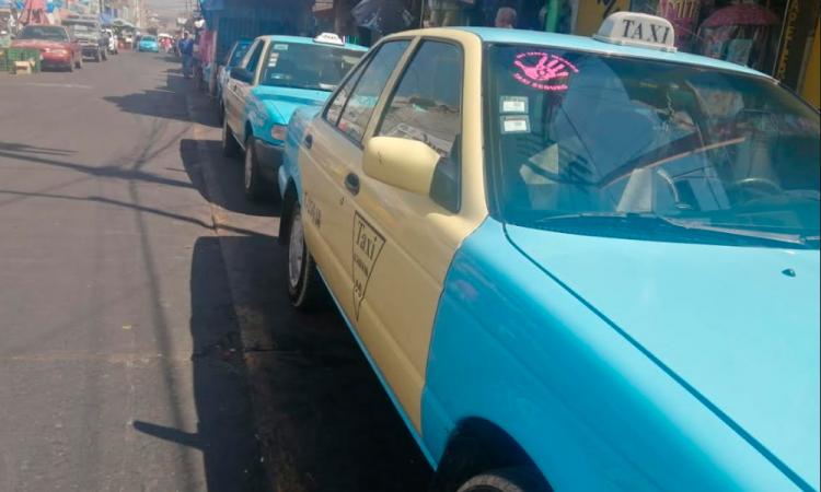 Taxistas se suman contra violencia de género en Texmelucan