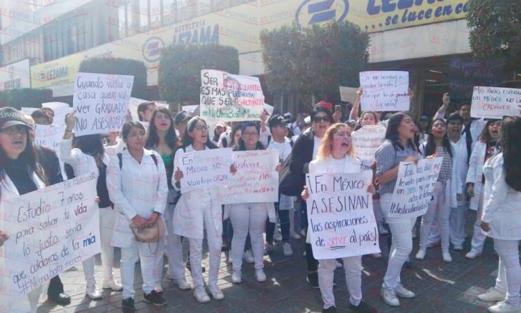 Marchan estudiantes de Tehuacán por inseguridad