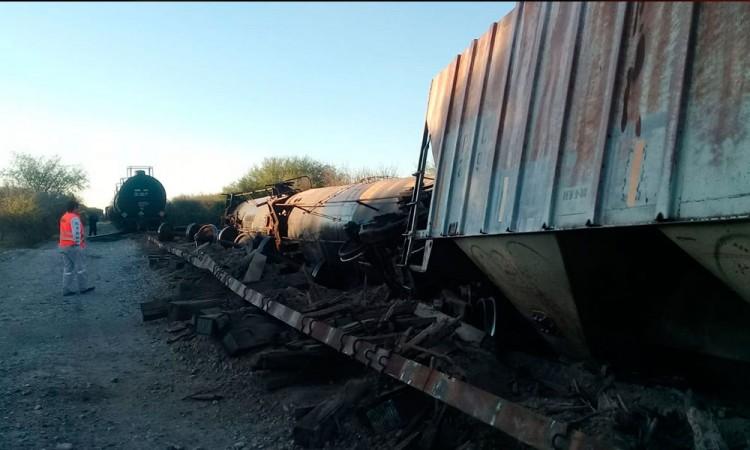 Se descarrila vagón  entre Tlacoyalco y  Tlacotepec