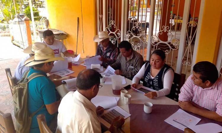 Alcalde de Huitzilan se reúne con jueces de paz
