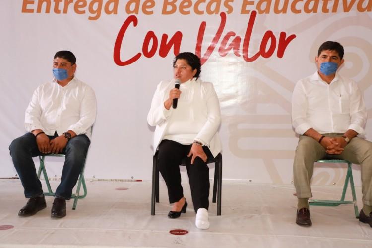 Entregan 312 apoyos en San Andrés Cholula