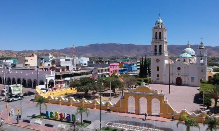 Cancelan trasporte foráneo por Covid-19 en Acatlán