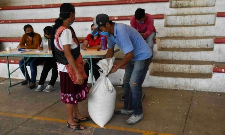 Agradecen al Ayuntamiento de Huitzilan programa subsidio de maíz