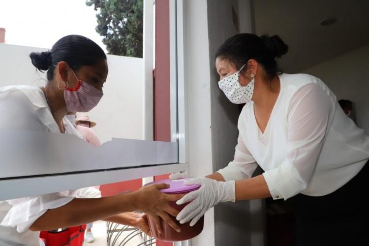 Reparten por contingencia 500 comidas diarias en San Andrés Cholula