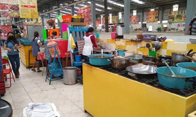 Cierran mercado de Tehuacán por brote de Covid-19