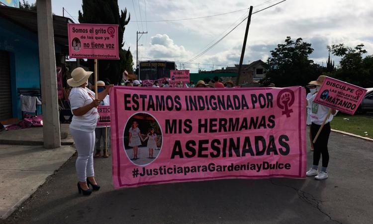 Marchan por doble feminicidio en Acajete
