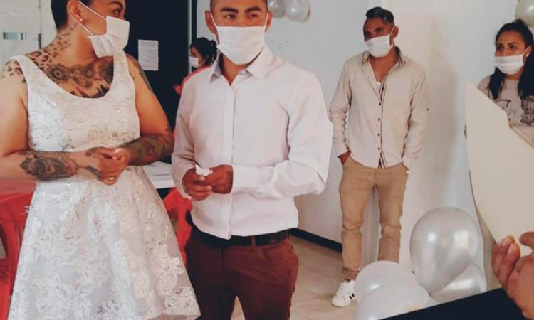 Tras las rejas, se casan en CERESO de Ciudad Serdán
