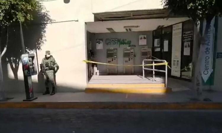 Roban más de un millón de pesos de cajeros de CFE en Tehuacán
