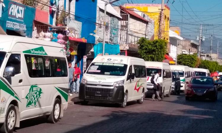 Concesionarios del transporte público de Tehuacán endeudados por contingencia sanitaria