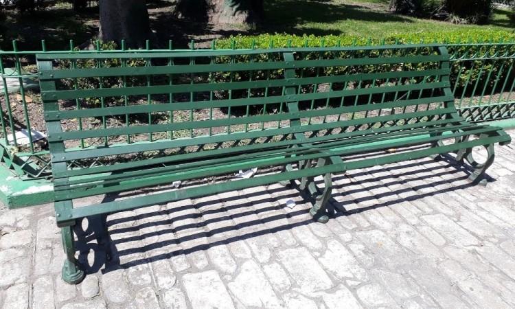 Son las que se encontraban originalmente en el Parque Colón.