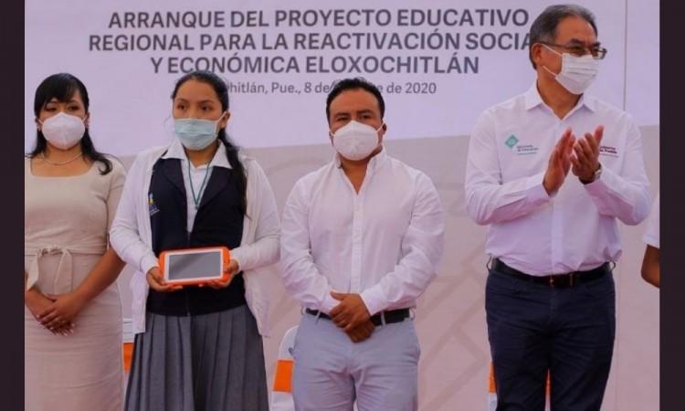 Eloxochitlán está ubicado entre los 61 municipios con pobreza extrema en el país.