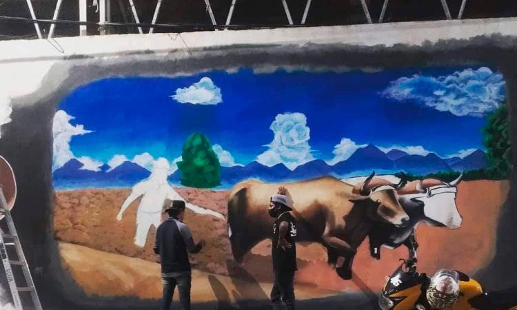 Retoman elaboración de mural en San José Miahuatlán