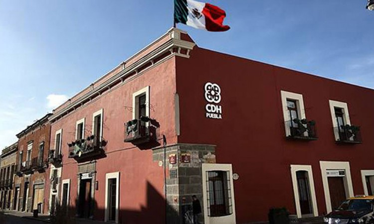 La CDHEP da recomendaciones al presidente municipal de Cuetzalan por la violación a la seguridad jurídica por parte de s