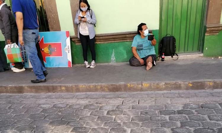 Limosnero en Atlixco es falso; se hace pasar por enfermo