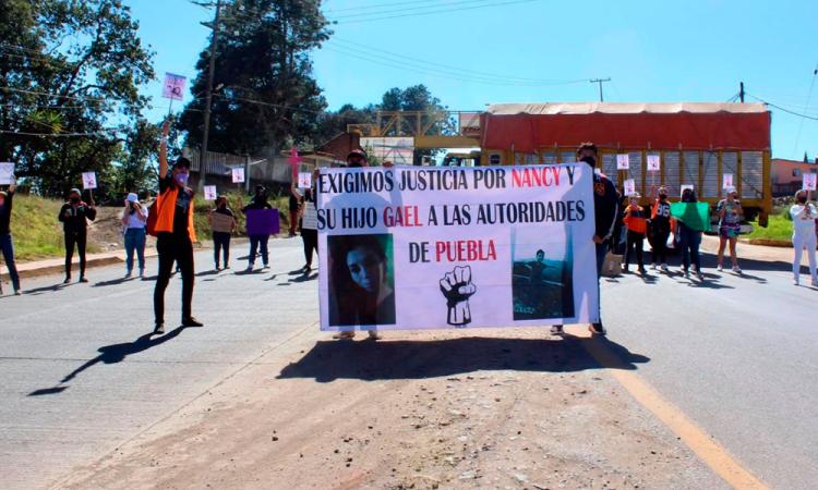 Exigen justicia para Nancy y Gael en Zacatlán
