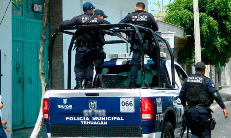 Narcovendedores exponen a policías comprados en Tehuacán