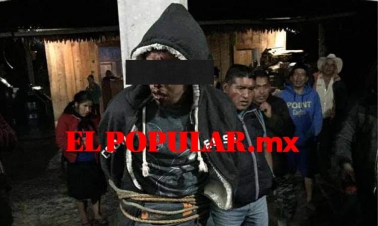 Intentan linchar a joven enfermo de sus facultades mentales en Ajalpan al confundirlo con delincuente