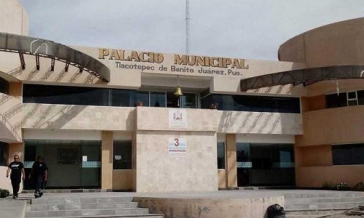 Sin fecha para la vacunación contra covid-19 a adultos mayores en Tlacotepec de Benito Juárez
