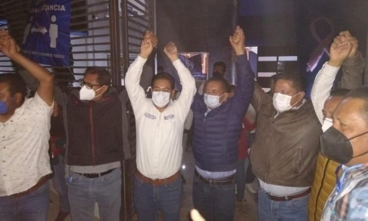 Mundo Tlatehui gana 'consulta indicativa' en San Andrés Cholula