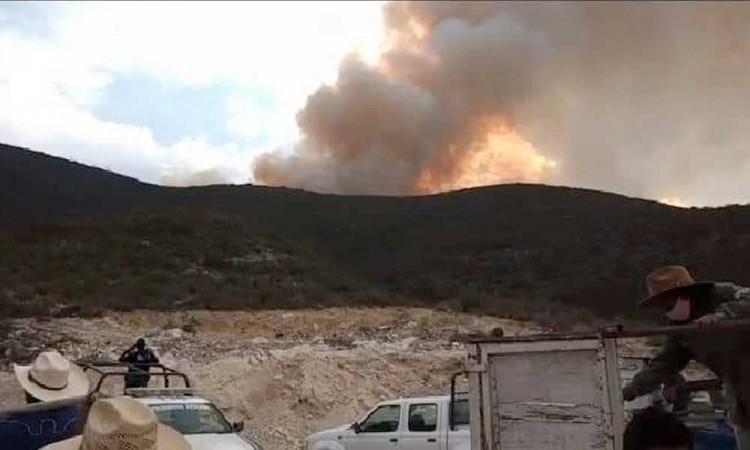 Incendio activo consume más de 120 hectáreas en Tehuacán y Tepanco