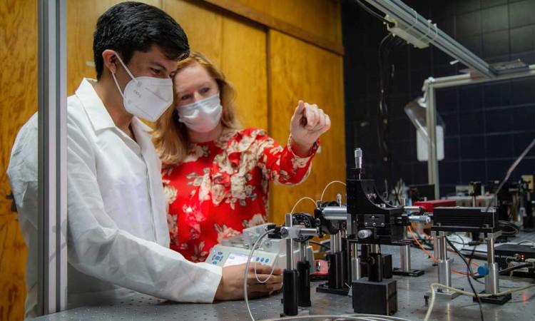 Desarrolla el INAOE prototipo de sensor óptico para detectar coronavirus