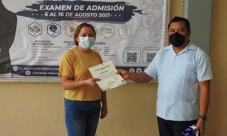 Tecnológico de Tecomatlán realiza primer concurso de manualidades con material reciclado