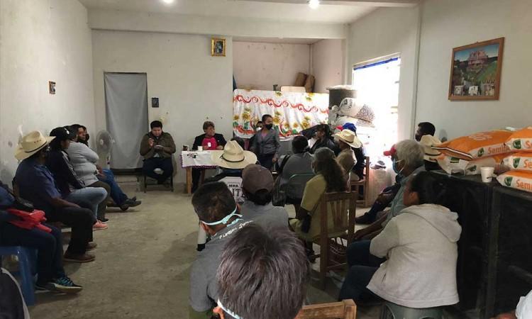 Hersilia Córdova realiza recorrido por municipios del Distrito 13