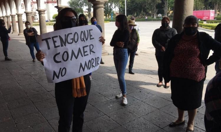 Se manifiestan comerciantes establecidos en San Pedro Cholula