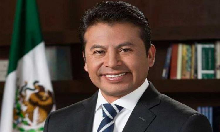 Detienen a Leoncio Paisano, ex presidente municipal de San Andrés Cholula