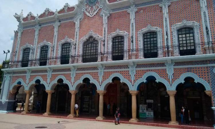 Juntas Auxiliares urgen al Congreso para destituir al Cabildo de Tehuacán