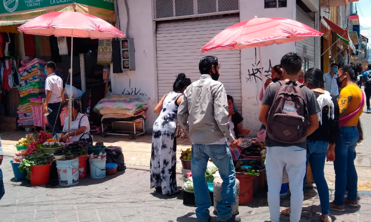 Piden ambulantes en Tehuacán comercializar durante Todos Santos