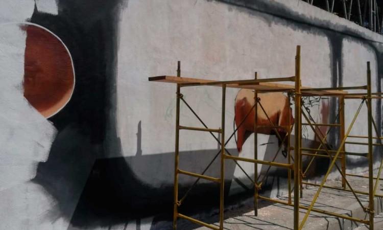 Edil de Miahuatlán manda a borrar mural indígena
