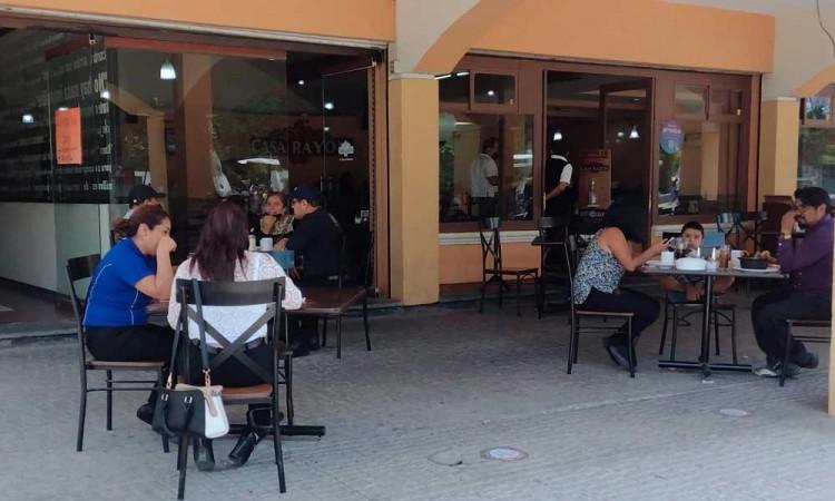 Sector restaurantero de Tehuacán analiza incremento de precios en platillos