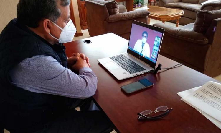 Edil de Zacatlán regresa al trabajo tras dos semanas de cuarentena