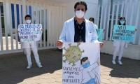 Realizan manifestación médicos de pregrado en el hospital general de Zacatlán para exigir la vacuna anticovid