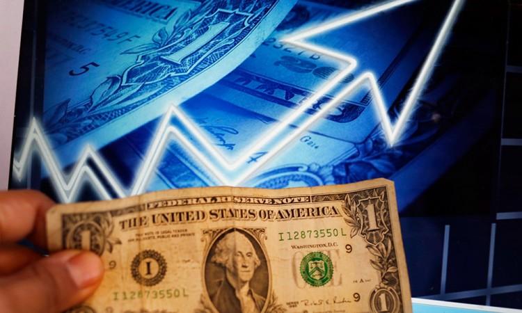 Alcanza dólar 21.82 pesos en venta de bancos