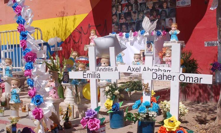 Investigarán a exgobernador de Sonora por caso de guardería ABC