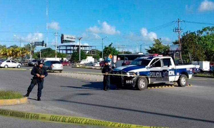 Balacera en Cancún deja 3 muertos