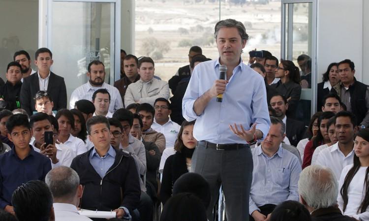 Lamentan EPN y Aurelio Nuño tiroteo en escuela de Monterrey