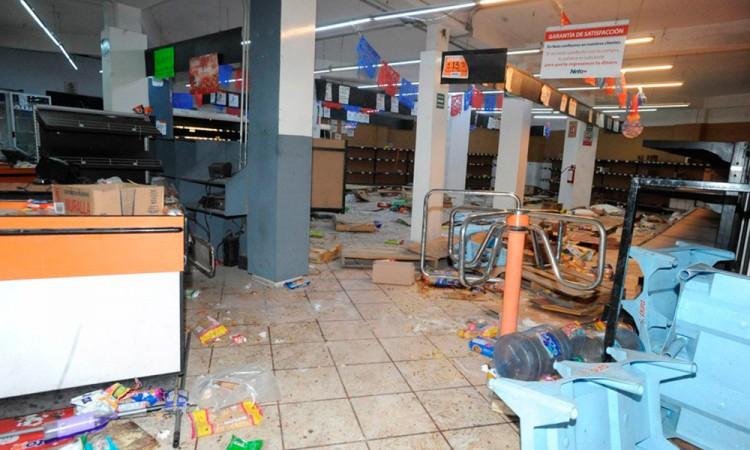 Frustran saqueos en tiendas de Ecatepec y Veracruz
