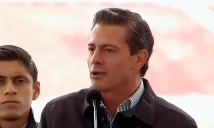 Redes sociales son muy irritantes: Peña Nieto