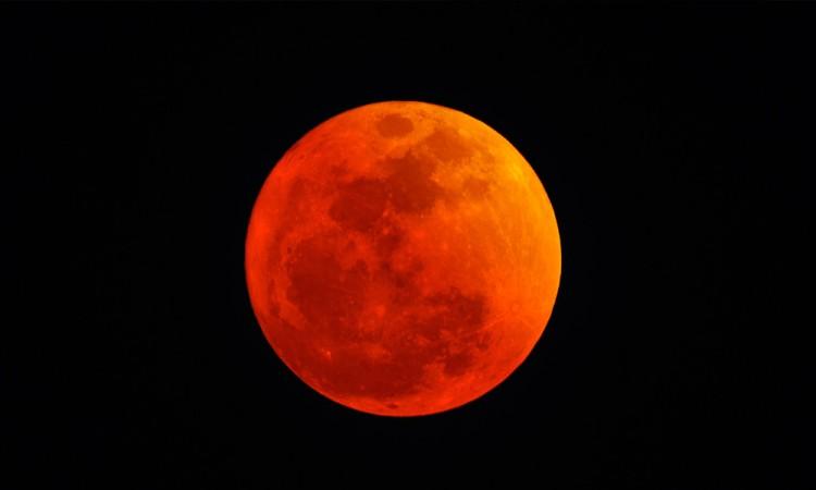 Mañana, superluna azul de sangre