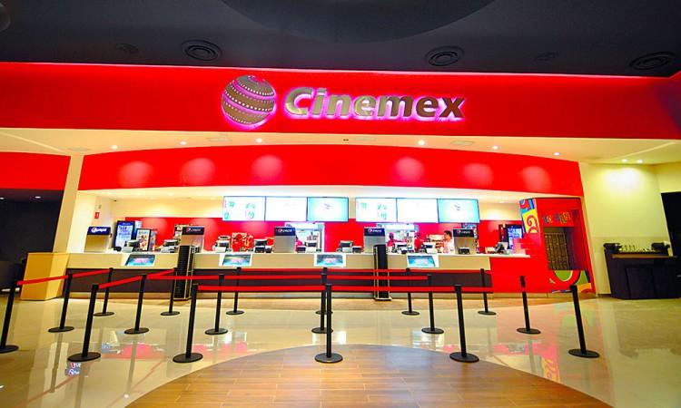 Firma Cinemex acuerdo con Coca-Cola y despide a Pepsi