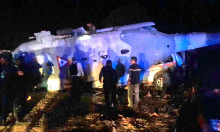 Suman 13 muertos por desplome de aeronave en Oaxaca