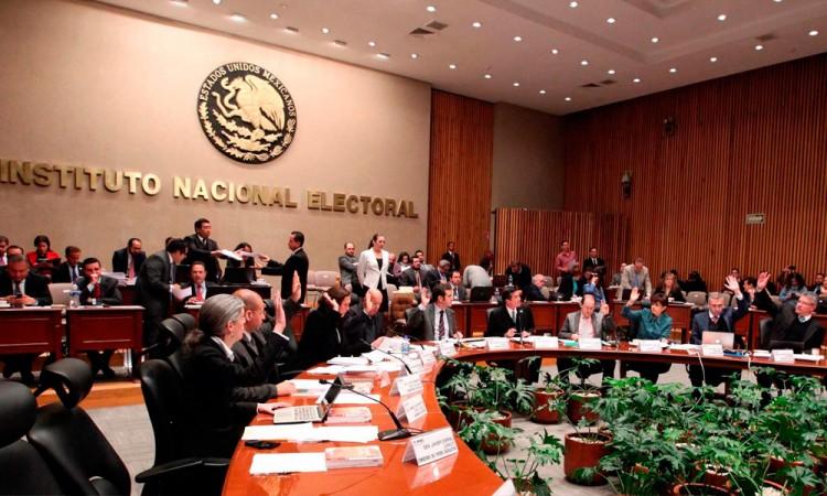 Concluye INE plazo de firmas para independientes