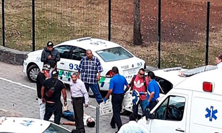 Balacera en UNAM deja dos muertos
