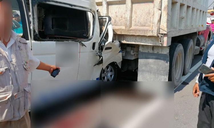 Deja choque del transporte público muertos y heridos en la México-Puebla
