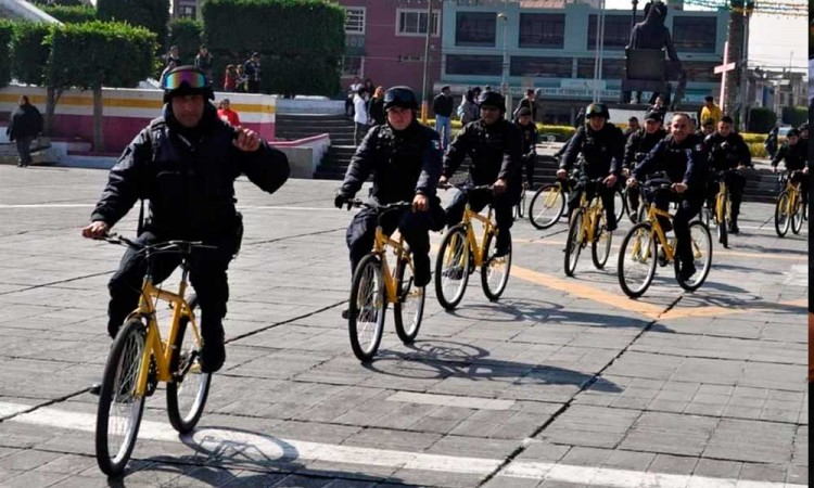 Realizan patrullaje en bici por desabasto en Neza